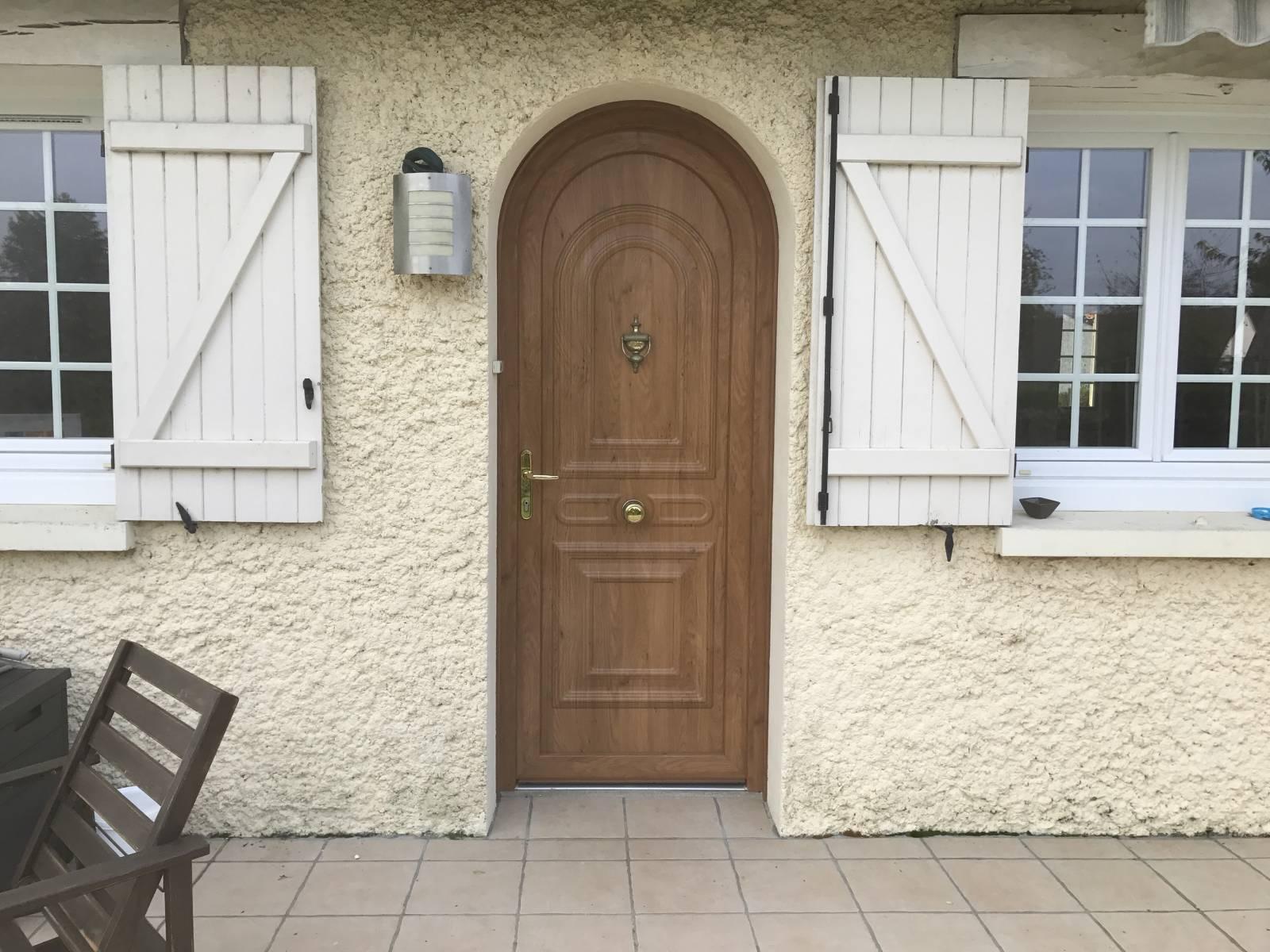 Comment poser une porte d entr e et porte de service sur for Poser une porte de service